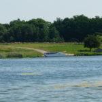 Zat. Cicha - houseboat pływający po jez. Drawsko. Fot. M. Halter
