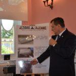 starosta-s-kuczynski-przentuje-ostatnie-podwodne-znaleziska