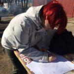 Każdy uczestnik Akcji Jezioro Tajemnic wypełnia oświadczenie aby dostać Certyfikat