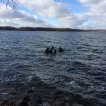 Nurkowie w wodzie