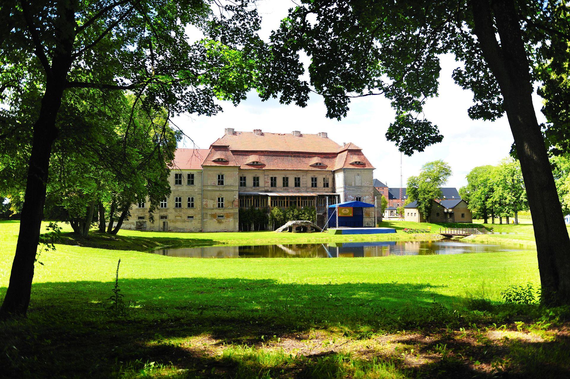 Pałac Siemczyno od strony parku. Fot. Adam Myśków