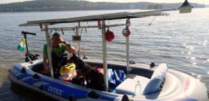 1 Oryginalny pojazd napędzany energią słoneczną dobrze sprawdza się na jeziorze Drawsko