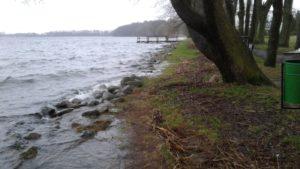 1 Jezioro Drawsko zalewa brzeg